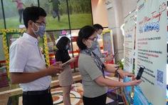 CBNV HDBank quyên góp tiền mặt và nhu yếu phẩm tiếp sức miền Trung