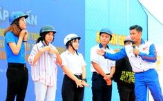 Đoàn viên, thanh niên phải đi đầu trong tuân thủ luật lệ giao thông