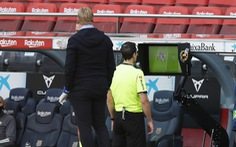 HLV Ronald Koeman: 'VAR chỉ vào cuộc để chống lại Barca'