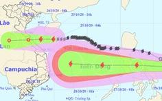 Tâm bão cách đất liền Hà Tĩnh đến Quảng Trị 330km, sóng biển cao 2-4m