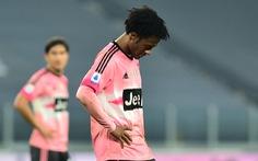 Sao trẻ vào sân từ ghế dự bị lập công 'cứu' Juventus trước Verona