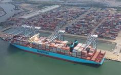 Một trong những tàu container lớn nhất thế giới lần đầu cập cảng Việt Nam