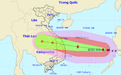 Tối 27-10, tâm bão số 9 ngoài khơi Đà Nẵng đến Phú Yên, gió giật cấp 17