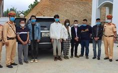 Bắt 3 xe chở 20 người nước ngoài nhập cảnh trái phép