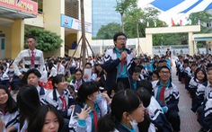 Tìm hiểu tuổi trẻ Việt Nam qua tem bưu chính