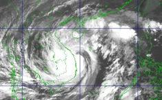 13h ngày 28-10, bão số 9 giảm cấp gió còn 10-11, giật cấp 13.