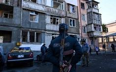 Armenia và Azerbaijan giao tranh dữ dội trở lại