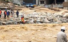 60 công nhân thủy điện tự giải cứu bằng đu ròng rọc