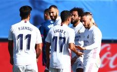 Vừa 'tái xuất', Hazard đã ghi siêu phẩm đưa Real Madrid trở lại ngôi đầu
