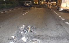 Hỗn chiến do đi nhầm phòng karaoke, lái ôtô tông xe máy dân phòng khiến cả 2 xe cháy rụi