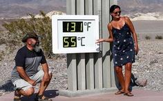 Du khách đổ xô đến Thung lũng Chết để trải nghiệm 'du lịch nóng'