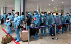 Tạm dừng các chuyến bay quốc tế chở khách vào Việt Nam, chờ quy trình chuẩn