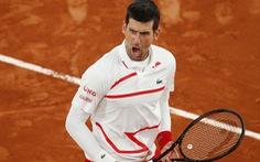 Djokovic vào bán kết Roland Garros 2020 gặp Tsitsipas