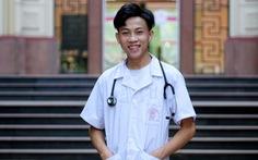 Chàng trai người Mông quyết tâm 'bắt cái tương lai' blouse trắng