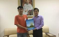 Nam sinh 10 năm cõng bạn đến trường sẽ nhập học ĐH Y dược Thái Bình