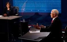Cuộc tranh luận 'êm thấm', 'chuẩn mực' của hai 'phó tướng' Pence - Harris