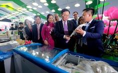 Cá tra cùng 300 nông sản Đồng Tháp lần đầu 'bơi' ra Hà Nội