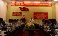 Bình Thuận: Đại biểu dự đại hội được tặng một chiếc cặp trị giá không đến 250.000 đồng