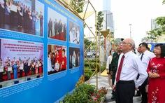 Khai mạc triển lãm chào mừng Đại hội Đảng bộ TP.HCM lần thứ XI