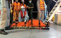 Cứu thuyền viên nước ngoài có dấu hiệu xuất huyết não trên biển