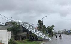 Bão đã vào đất liền và suy yếu thành áp thấp, nhiều nơi mất điện, cây đổ
