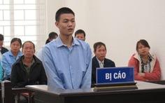Nam sinh sát hại bà nội bật khóc nức nở khi tòa tuyên tử hình