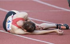 Quách Thị Lan ngã gục sau khi cán đích tại Giải điền kinh vô địch quốc gia