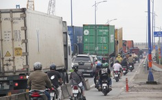 TP.HCM thu phí hạ tầng, thông đường vào cảng