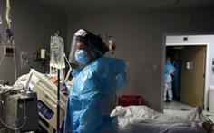 Mỹ mở lại nhà xác di động do 160.000 người nhiễm COVID-19 trong ngày