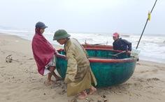 Hà Tĩnh cấm biển, Nghệ An còn gần 500 tàu chưa trú bão
