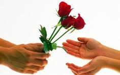 Quảng Trị không nhận hoa, Huế chỉ nhận thiệp chúc mừng 20-11 qua email