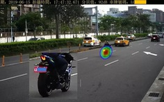 Đài Loan lắp camera âm thanh phạt người lái xe ồn ào