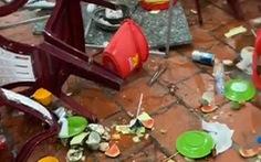 Không chịu chung tiền bảo kê, quán ăn ngay trung tâm TP Vĩnh Long bị đập phá