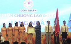 Trường tiểu học 100 năm tuổi nhận Huân chương Lao động hạng nhất