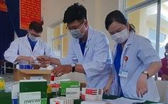 Khám bệnh, cấp thuốc miễn phí cho 300 người dân vùng bão