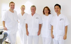 Tìm hiểu về bác sĩ trồng răng implant tại TP.HCM