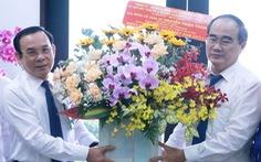Bí thư Nguyễn Văn Nên thăm gia đình cố giáo sư Nguyễn Thiện Thành nhân ngày 20-11