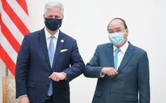 Thủ tướng Nguyễn Xuân Phúc tiếp Cố vấn an ninh quốc gia Mỹ O'Brien