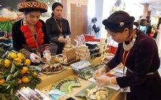 COVID-19 'thổi mất' 14 triệu lượt khách quốc tế đến Việt Nam năm 2020