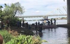 Thanh niên đặt thư tuyệt mệnh trên bờ rồi thả mình tự vẫn trên sông
