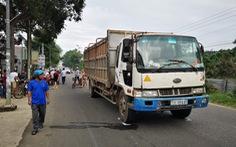 Hai nữ sinh trên đường đến trường bị xe tải cán chết