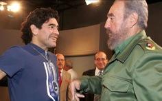 Maradona mất cùng ngày với 'thần tượng của ông' Fidel Castro