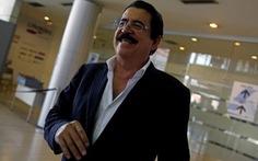 Cựu tổng thống Honduras bị tạm giữ ở sân bay vì 18.000 USD trong hành lý