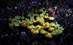 Người Thái xuống đường  phản đối đảo chính
