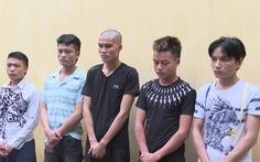 Bắt nhóm thanh niên cướp xe máy trong đêm trên đường Hồ Chí Minh