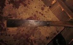 Bắt khẩn cấp người bố dùng dao chém chết con ruột 8 tuổi