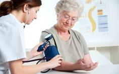 Bệnh mạn tính thường gặp ở người cao tuổi và cách phòng ngừa