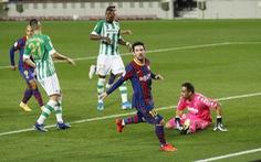 Vào sân từ băng ghế dự bị, Messi lập cú đúp giúp Barca đại thắng