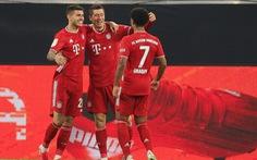 Bayern giành thắng lợi ở 'Siêu kinh điển' nước Đức sau cơn mưa bàn thắng
