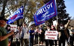 Người ủng hộ ông Trump vẫn chưa chịu thua